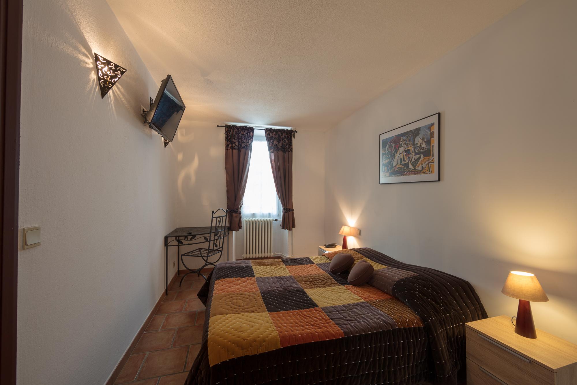 IMG_18031057_Chambre-14-Confort Le-Carmel Les-Vans
