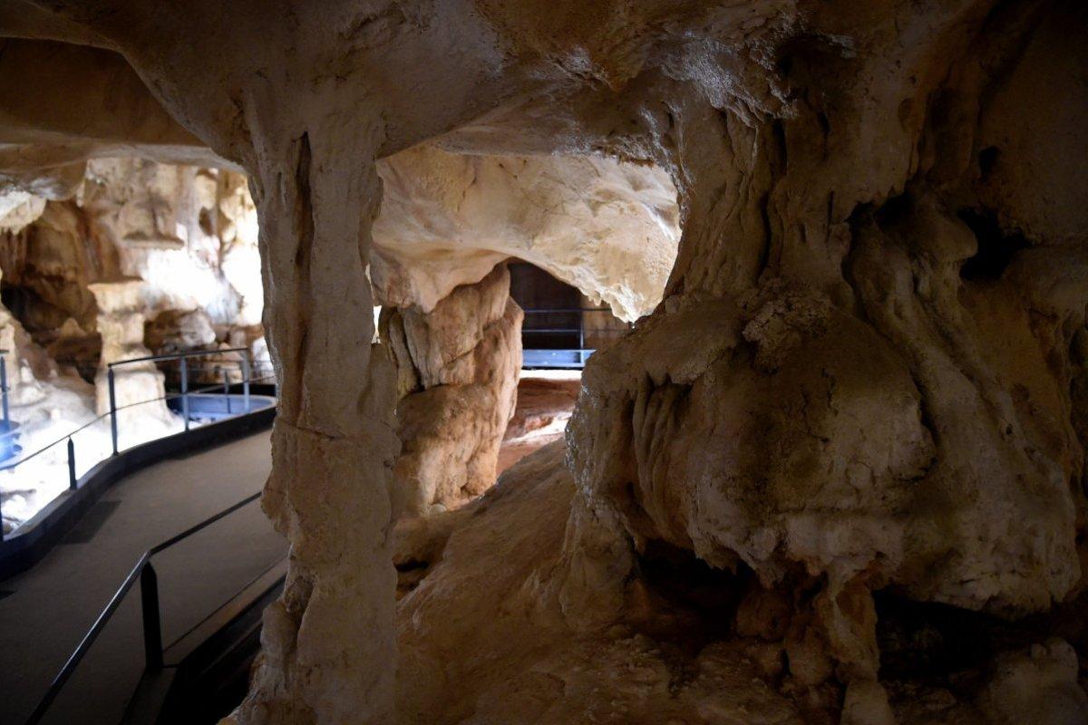 Caverne Du Pont D Arc Le Carmel